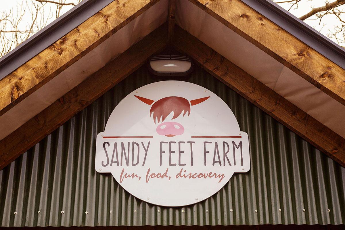 Sandy-Feet-Farm-View-6